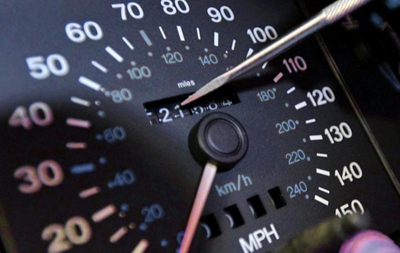 Как понять, что одометр автомобиля был скручен?