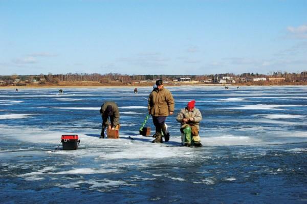 Тактика ловли по последнему льду