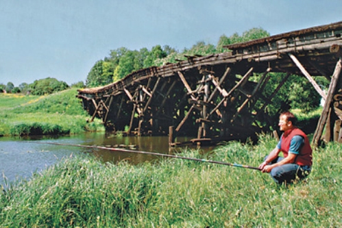 stariy-most-statya-lovlya-vozle-mosta