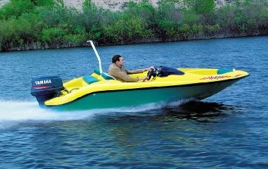 Яхты и катера: что лучше?