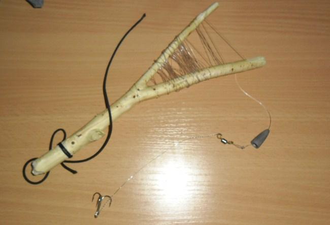 Летняя жерлица: особенности рыбалки и изготовление снасти