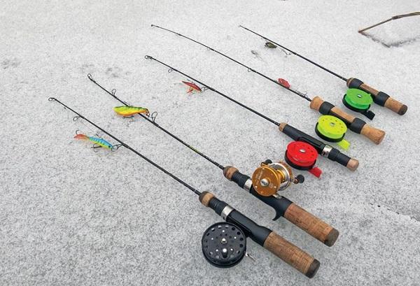 Удочка для ловли блесной – отличный вариант для зимнего времени года