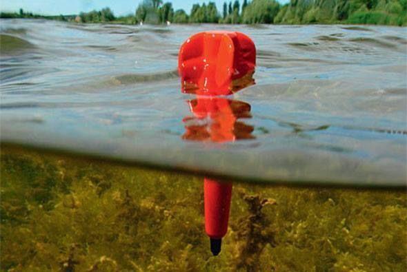 Поплавок маркер — ловля среди водорослей