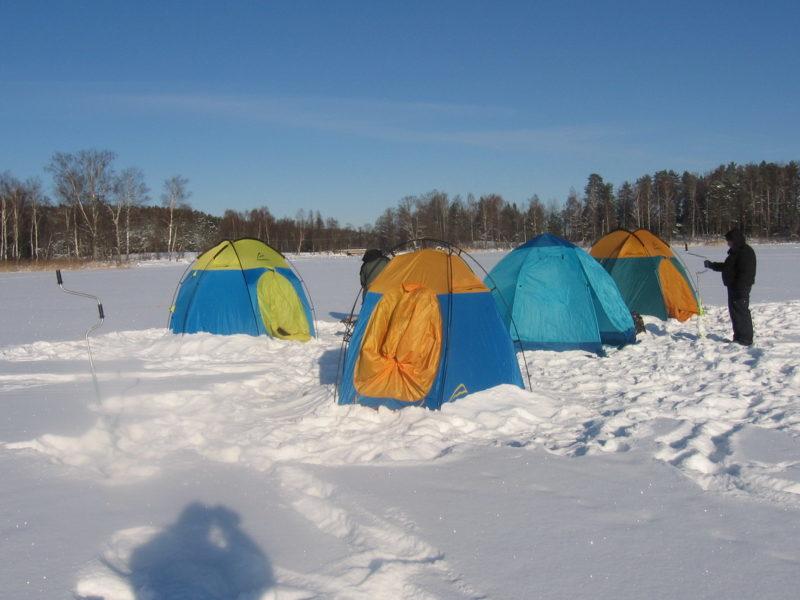 Топ-5 палаток для зимней рыбалки