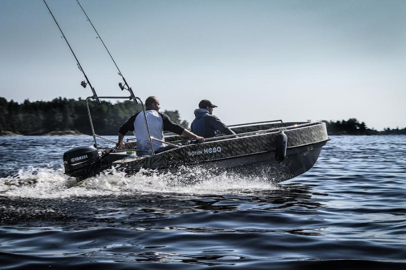 Ловля на дорожку с моторной лодки