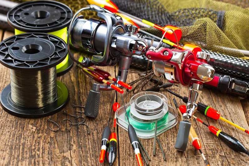 Стоит ли покупать дорогие рыболовные снасти или хватит самых простых?