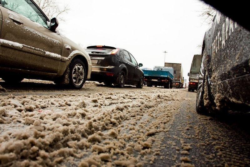 Как защитить автомобиль от дорожной химии?