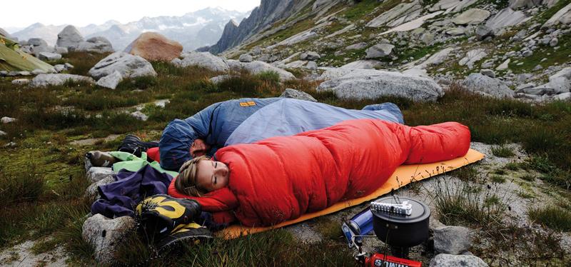 Как выбрать спальный мешок: советы новичку