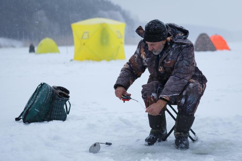 Зимняя рыбалка на Чебоксарском водохранилище