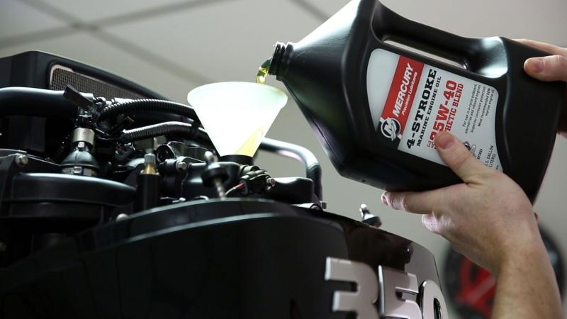 Трансмиссионное масло для лодочных моторов - как правильно выбрать